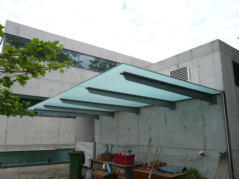 balkon sichtschutz plexiglas seiten sichtschutz balkon. Black Bedroom Furniture Sets. Home Design Ideas